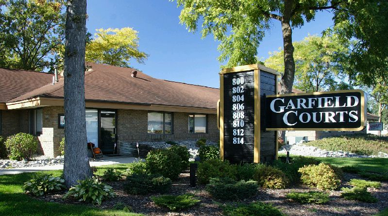 Garfield Courts Commercial Space For Lease